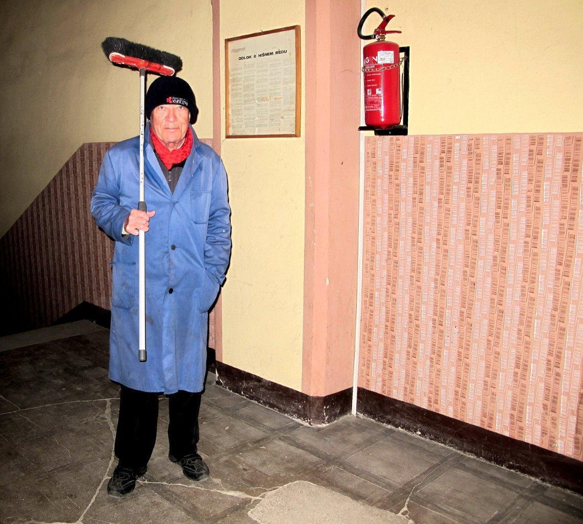 Valentin Steblovnik