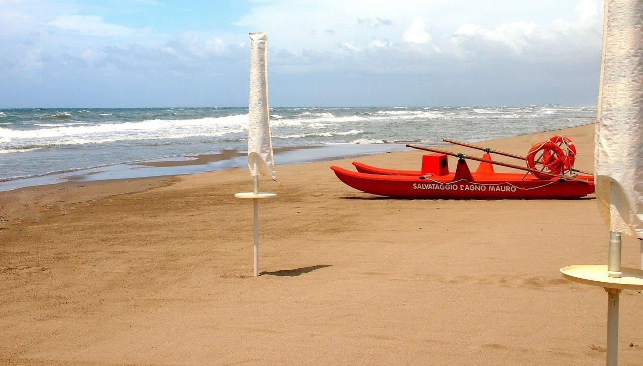 Valentin Steblovnik_Na obali Tirenskega morja