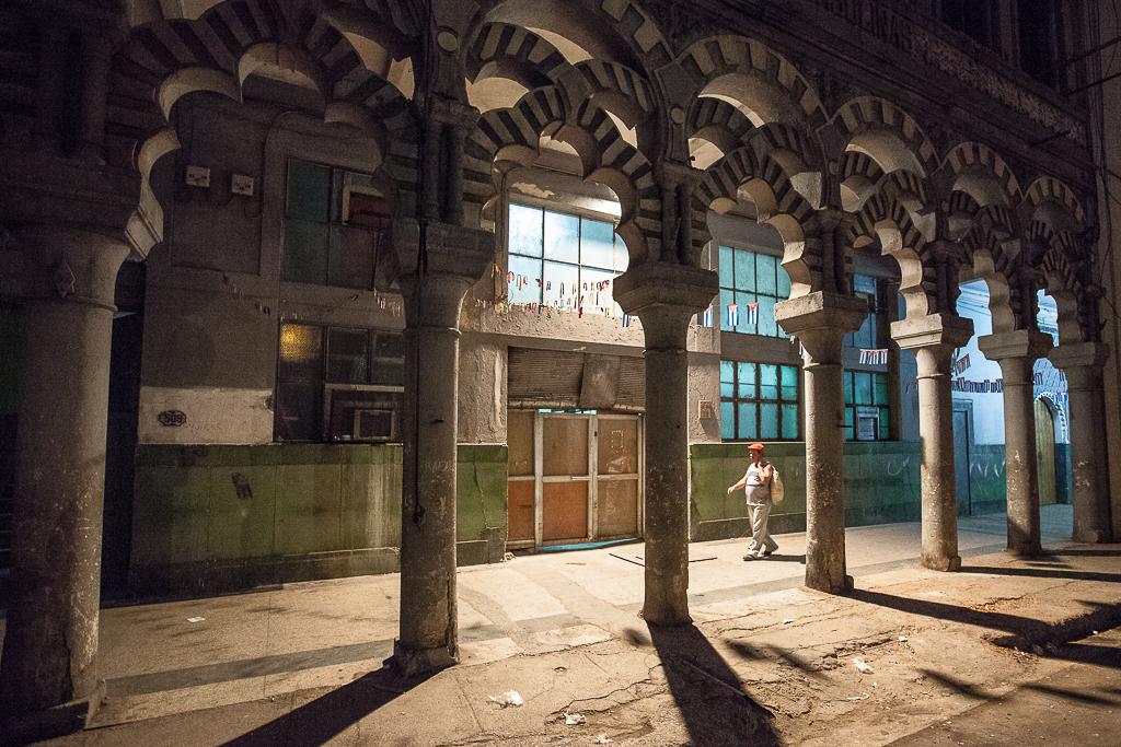Tomaž Velechovsky_Havana before sunrise