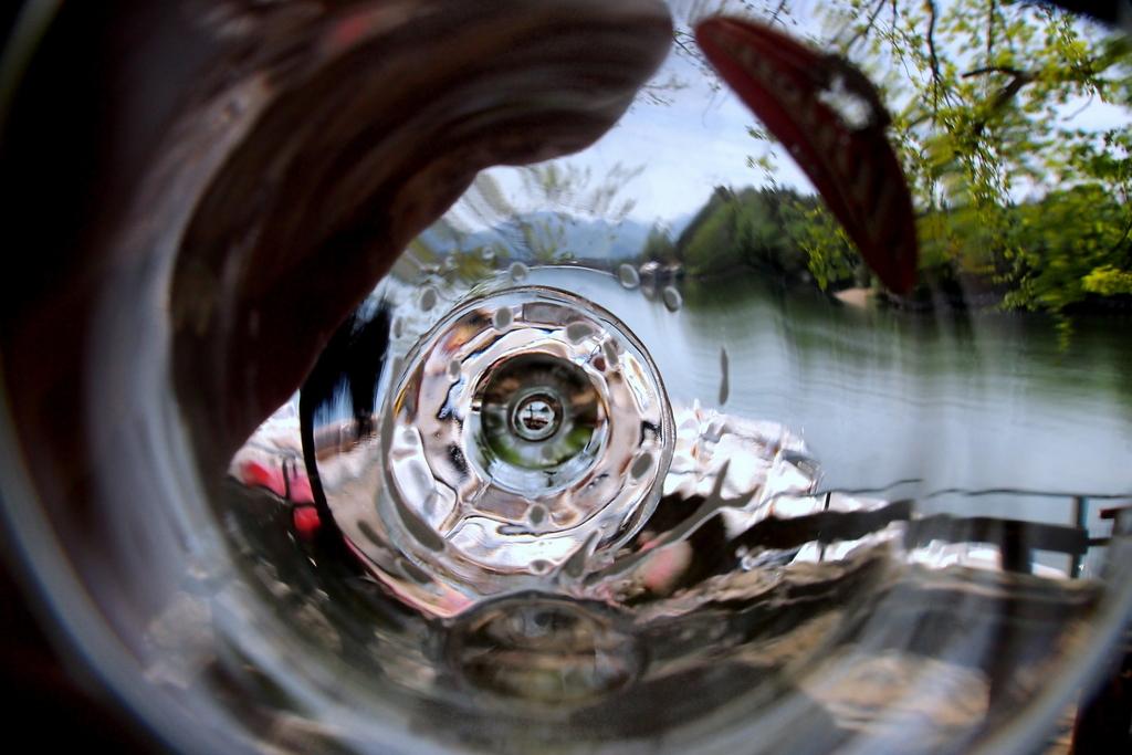 Valentin Steblovnik_Voda v vodi