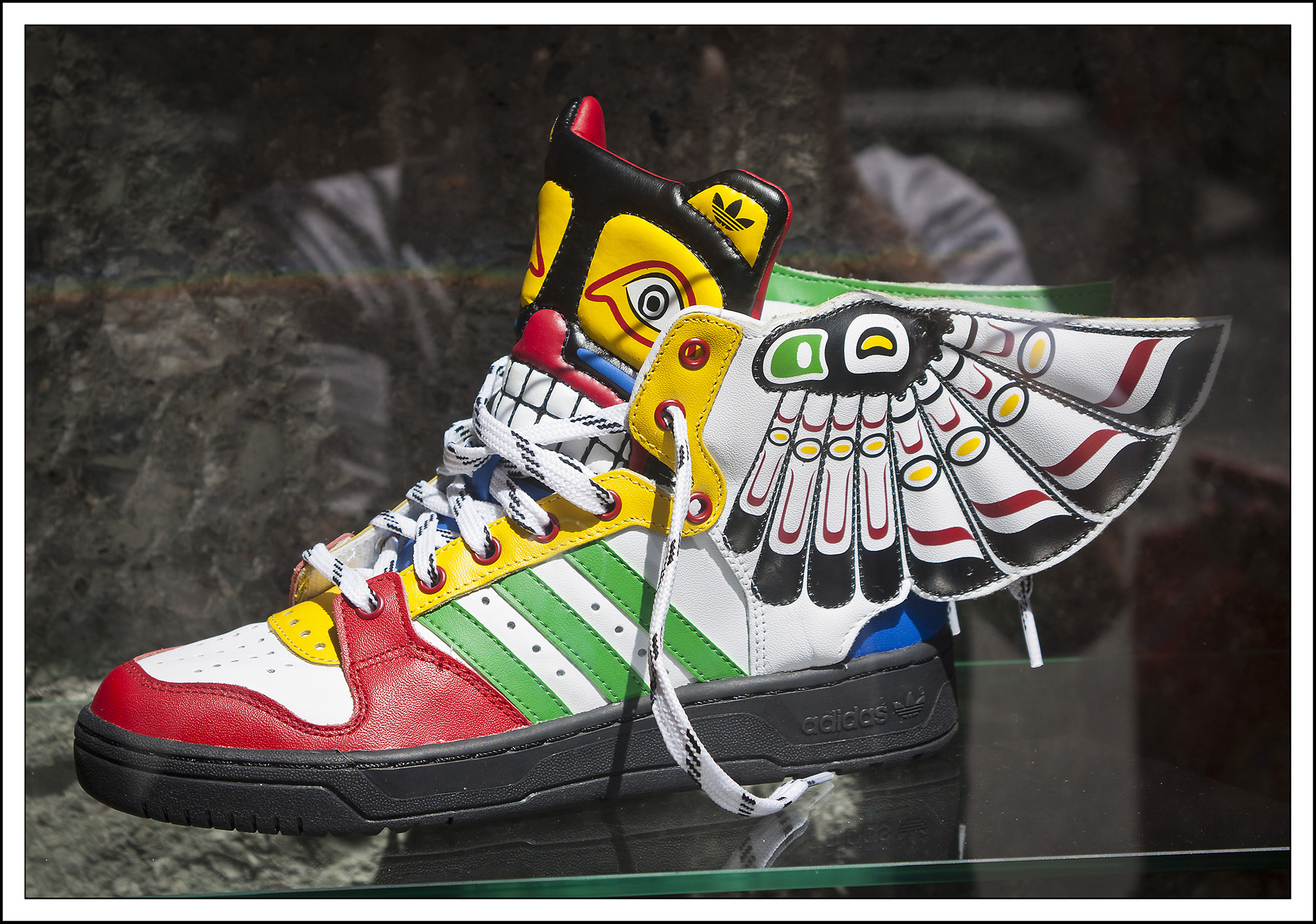 Robert Zrnec_Adidas in krila