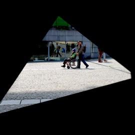 75.Trikotnik