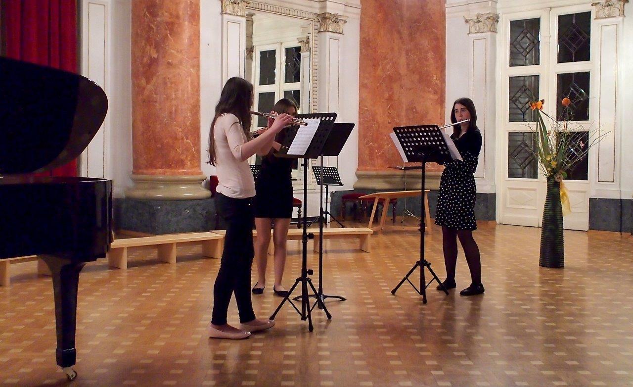 Valentin Steblovnik_Glasbeni trio