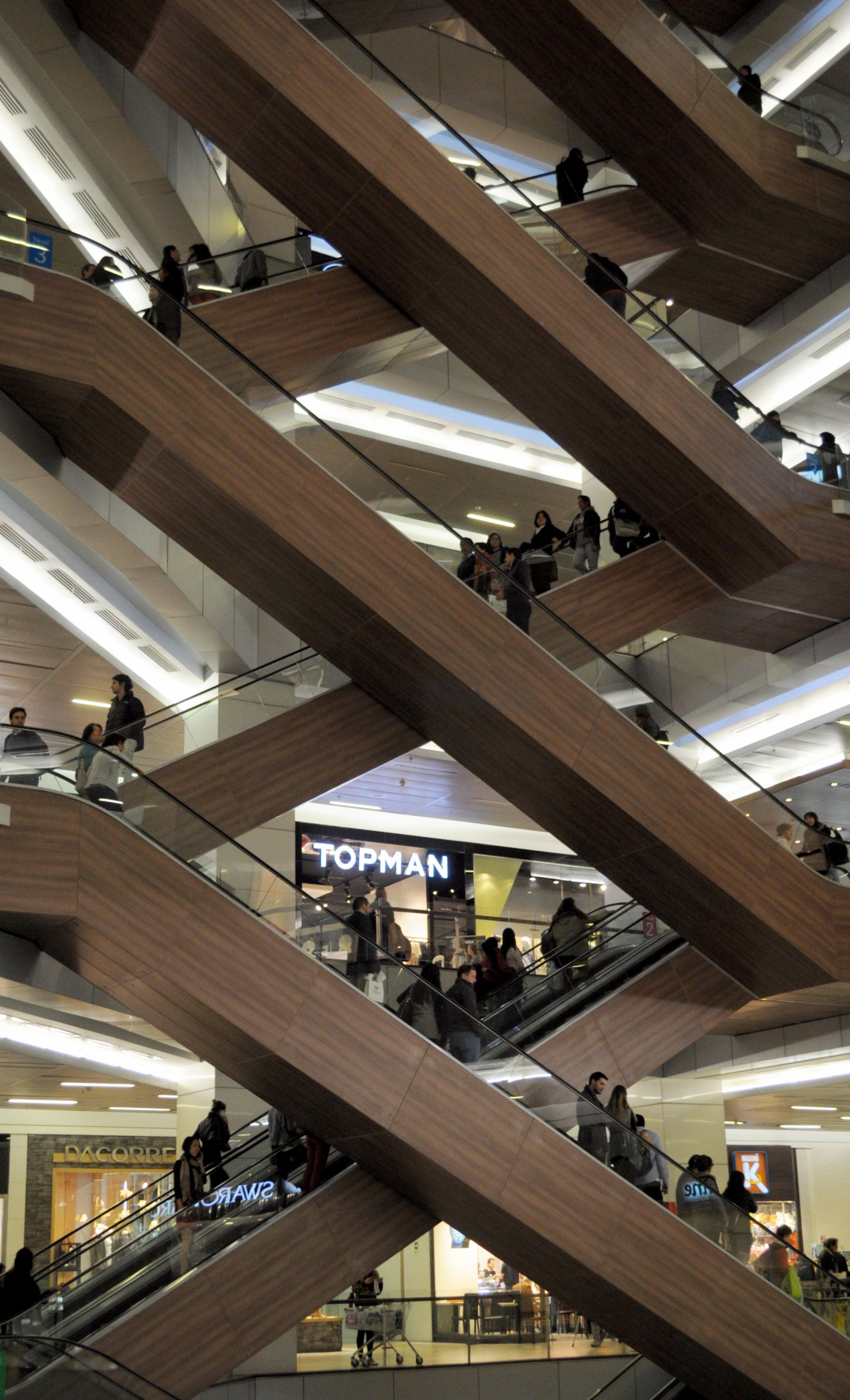 Urša Gradišnik: Capitalist stairs